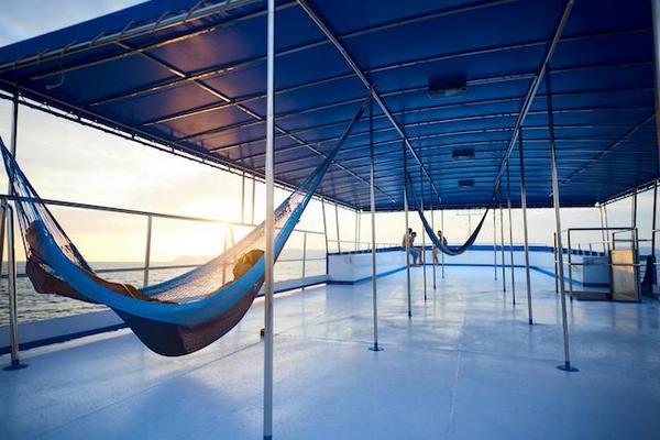 Hammock to rest on the upper deck